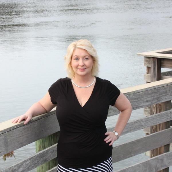 Staff Member - Julie Mager